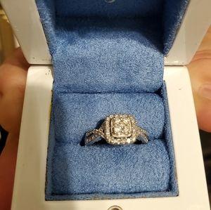 14k WG Vera Wang Engagement Ring